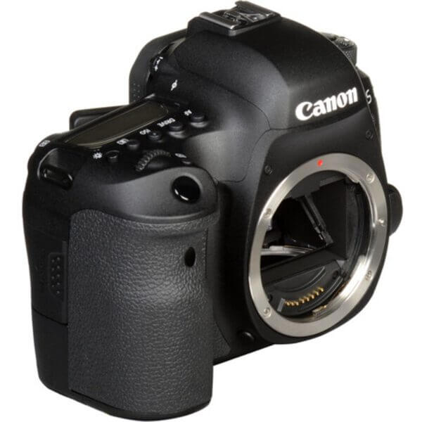 Canon EOS 6D Mark II Body15