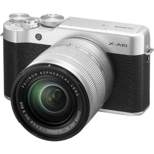 Fujifilm X-A10 Sliver + 16-50mm OIS II 1