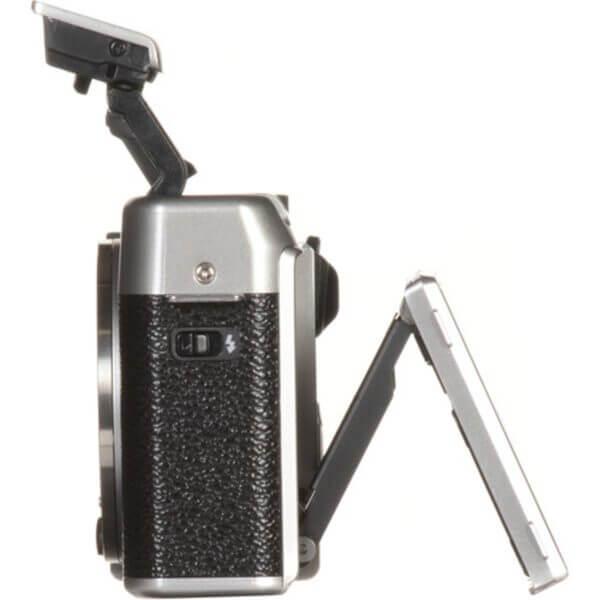 Fujifilm X-A10 Sliver + 16-50mm OIS II 11