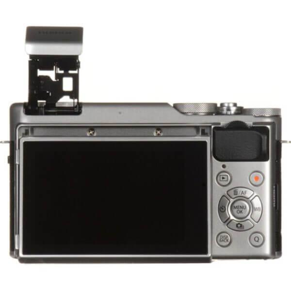 Fujifilm X-A10 Sliver + 16-50mm OIS II 12