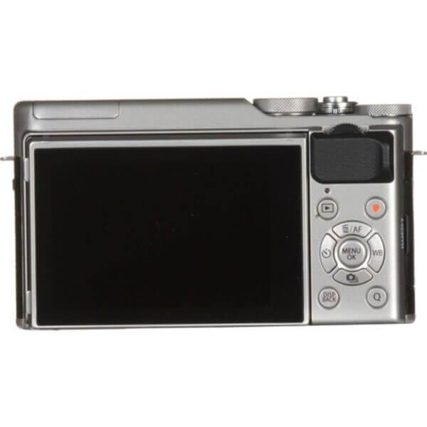 Fujifilm X-A10 Sliver + 16-50mm OIS II 16