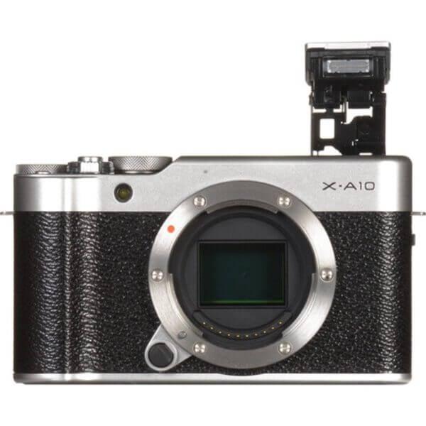 Fujifilm X-A10 Sliver + 16-50mm OIS II 18