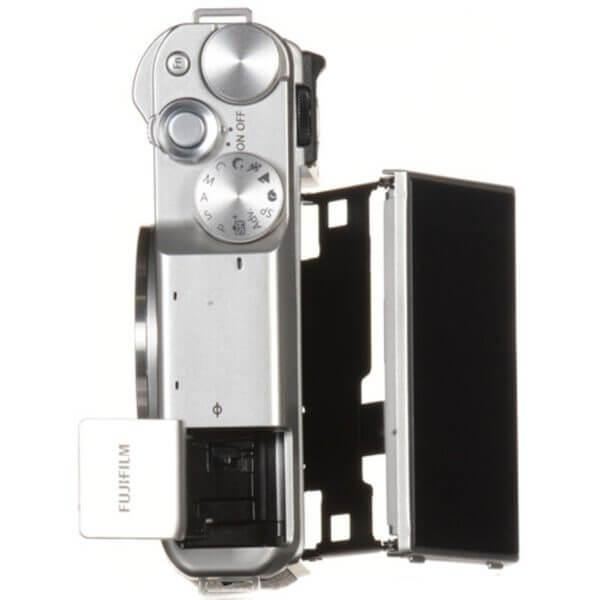 Fujifilm X-A10 Sliver + 16-50mm OIS II 21