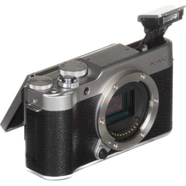 Fujifilm X-A10 Sliver + 16-50mm OIS II 25