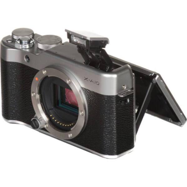 Fujifilm X-A10 Sliver + 16-50mm OIS II 26
