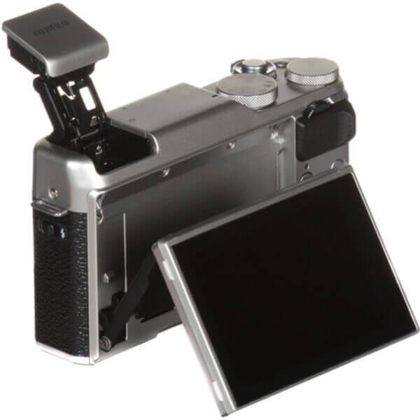 Fujifilm X-A10 Sliver + 16-50mm OIS II 27