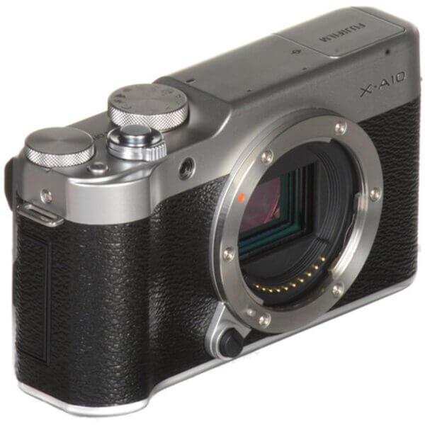 Fujifilm X-A10 Sliver + 16-50mm OIS II 30