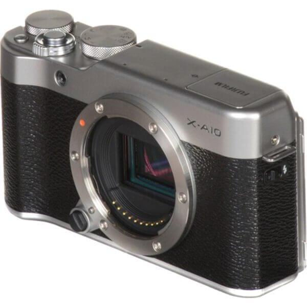 Fujifilm X-A10 Sliver + 16-50mm OIS II 31