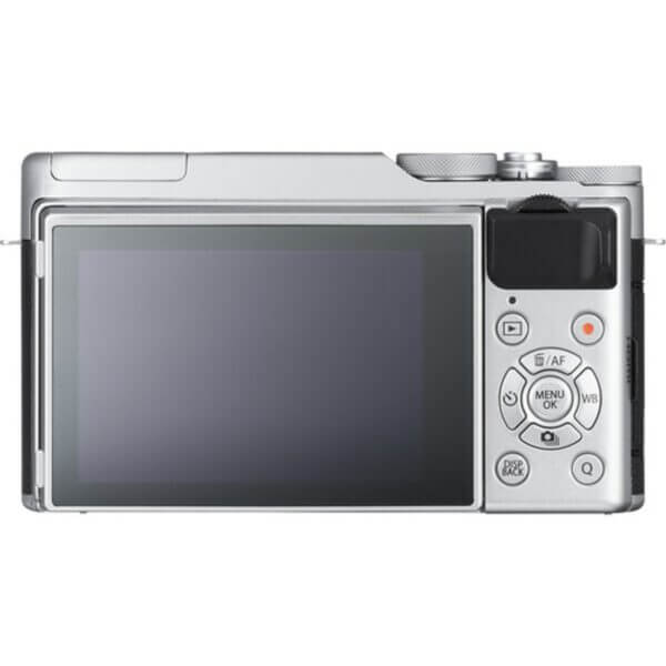 Fujifilm X-A10 Sliver + 16-50mm OIS II 4