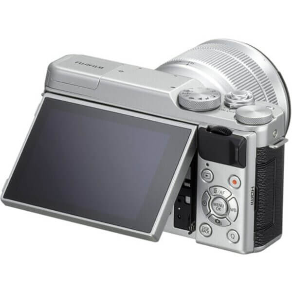 Fujifilm X-A10 Sliver + 16-50mm OIS II 5