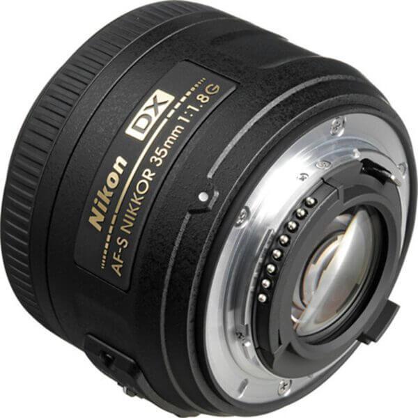 Nikon AF-S DX NIKKOR 35mm f1.8G 3