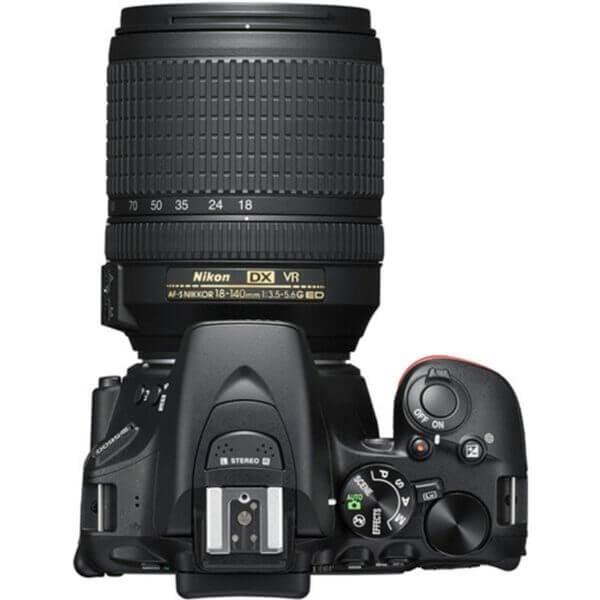 Nikon D5600 4