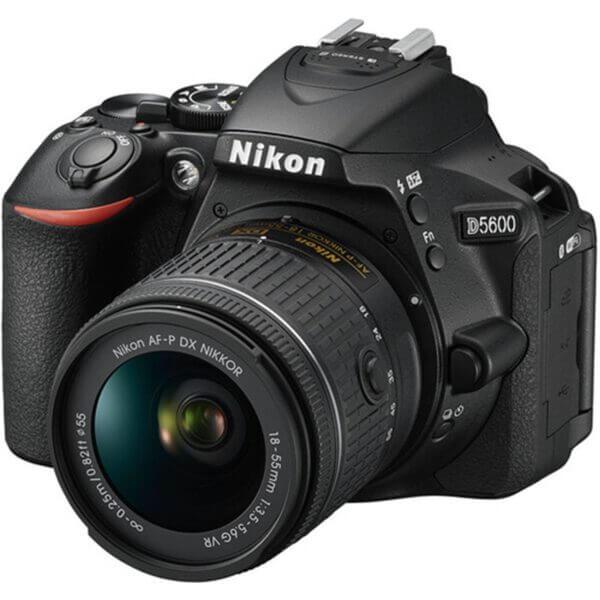 Nikon D5600 kit 2
