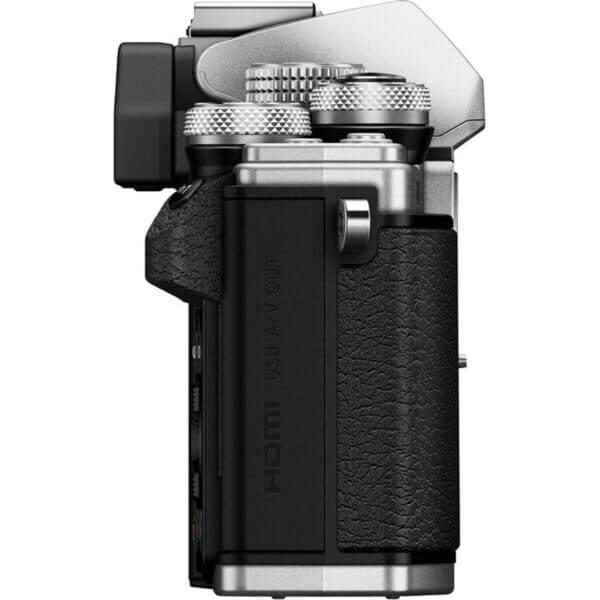 Olympus OM D E M10 Mark II Body Silver ประกันศูนย์ 6