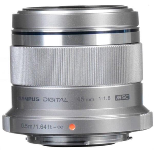 Olympus M.Zuiko 45mm F1.8 Silver 3