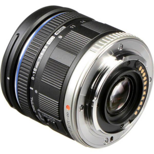 Olympus M.Zuiko 9-18mm F4-5.6 Digital ED 4