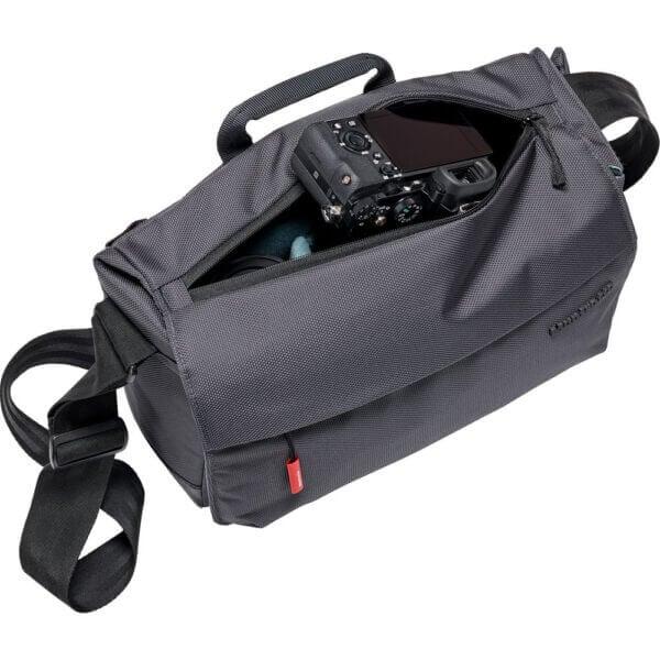 Manfrotto MB MN M SD 10 Manhattan Speedy 10 Camera Messenger Bag 3