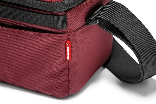 Manfrotto NX SB IBX NX Shoulder Bag CSC Bordeaux 02