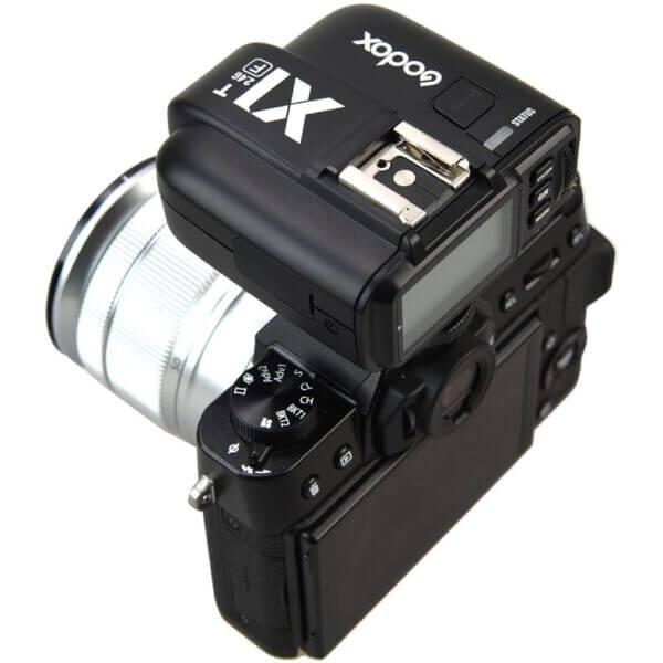 Godox X1T F TTL Wireless Flash Trigger for Fujifilm 4