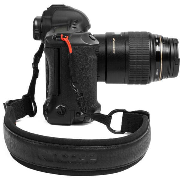 Incase CL58108 Camera Neck Strap Black 5