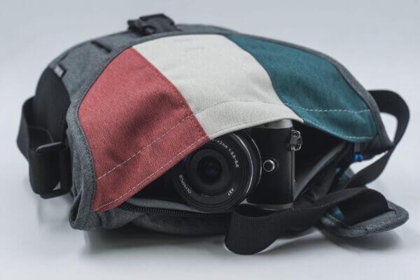 Benro Smart CSC 20 Mirrorless Shoulder Bag Mix Grey scaled