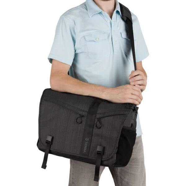 Tenba ME 638 381 Messenger DNA 15 Graphite 14
