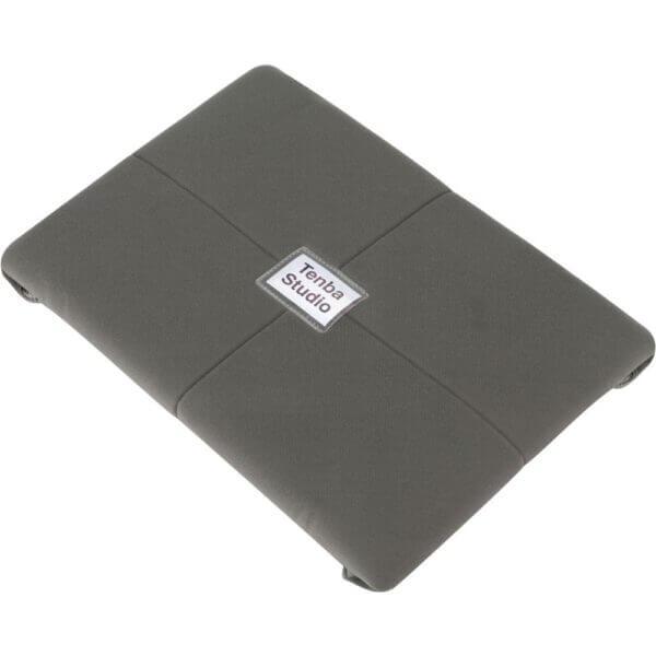 Tenba TE 636 342 Tools 20 Protective Wrap Grey 3