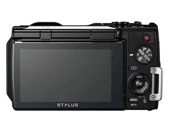 Olympus Stylus Tough TG-860 กันน้ำ 15 เมตรพร้อมจอพับถ่าย Selfie
