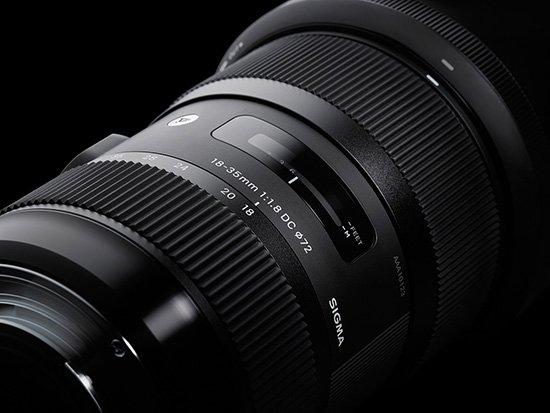 Sigma 18 35mm f1 8 DC HSM zoom lens