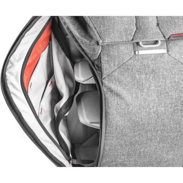 Peak Design BB 20 BL 1 Everyday Backpack 20L Charcoal10