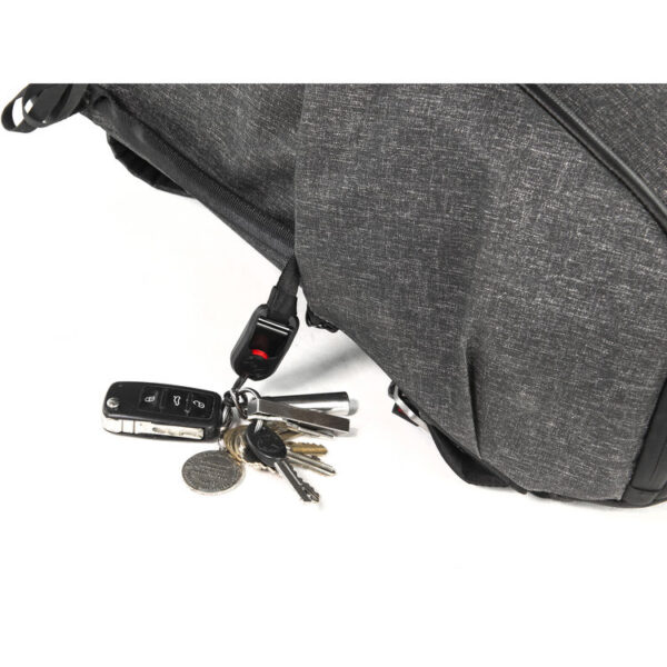 Peak Design BB 20 BL 1 Everyday Backpack 20L Charcoal12