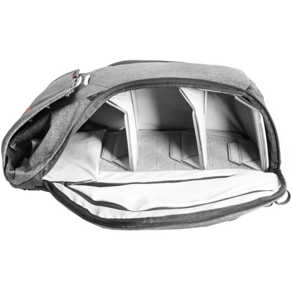 Peak Design BB 20 BL 1 Everyday Backpack 20L Charcoal9