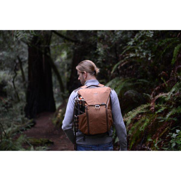 Peak Design BB 20 BR 1 Everyday Backpack 20L TAN17