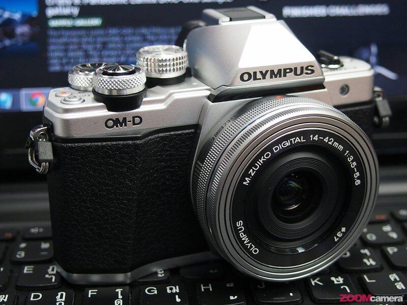 กางตารางเทียบ Olympus OM-D E-M10 Mark II ดีขึ้นจากตัวเก่าอย่างไรบ้าง