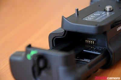 Pixel Vertax Grip for D7000 Image 39
