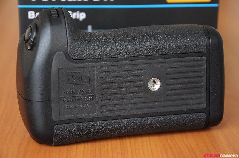 Pixel Vertax Grip for D7000 Image 8