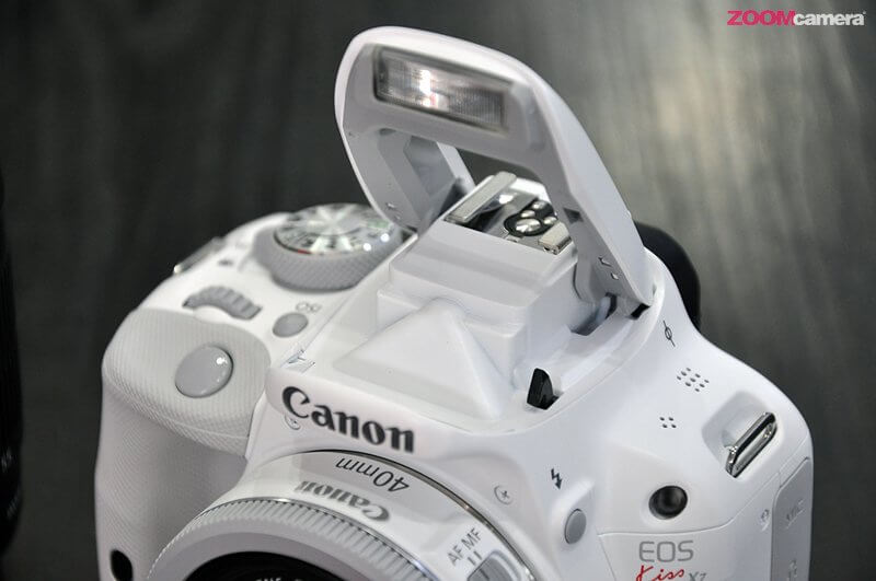 Canon EOS 100D White 11