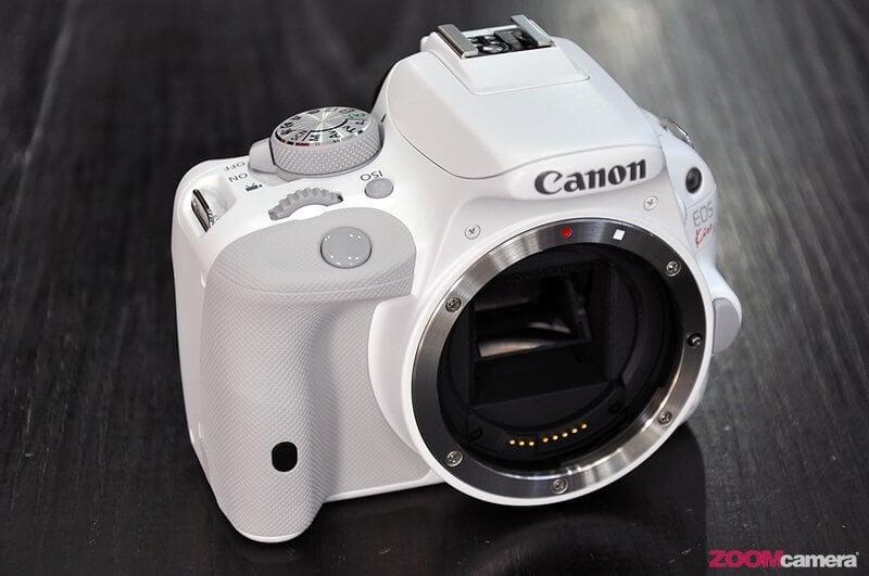 Canon EOS KissX7 White 12