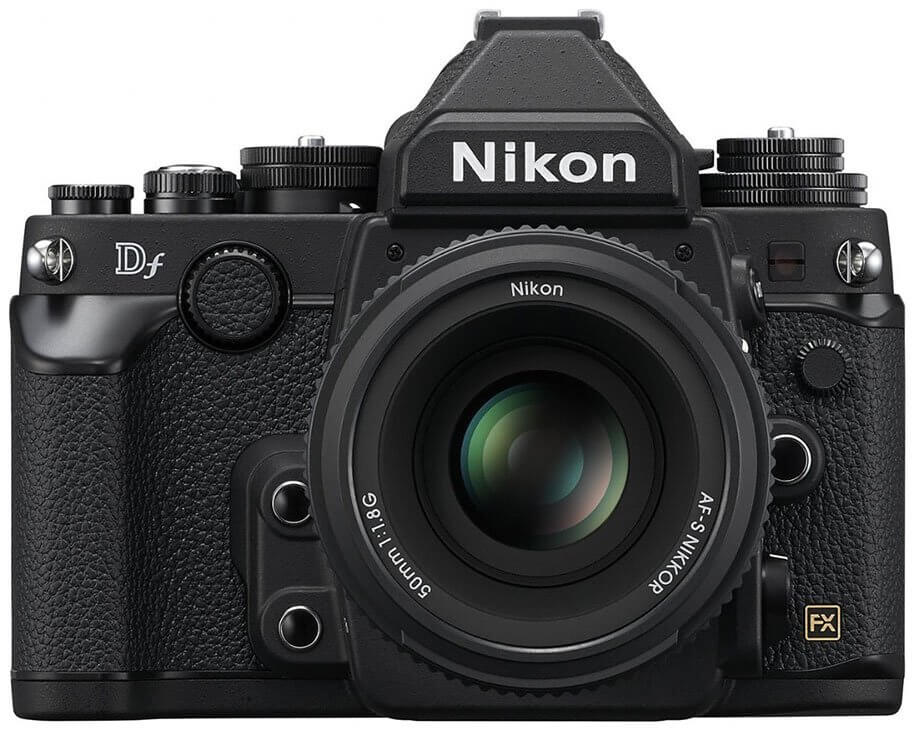 Nikon Df black front