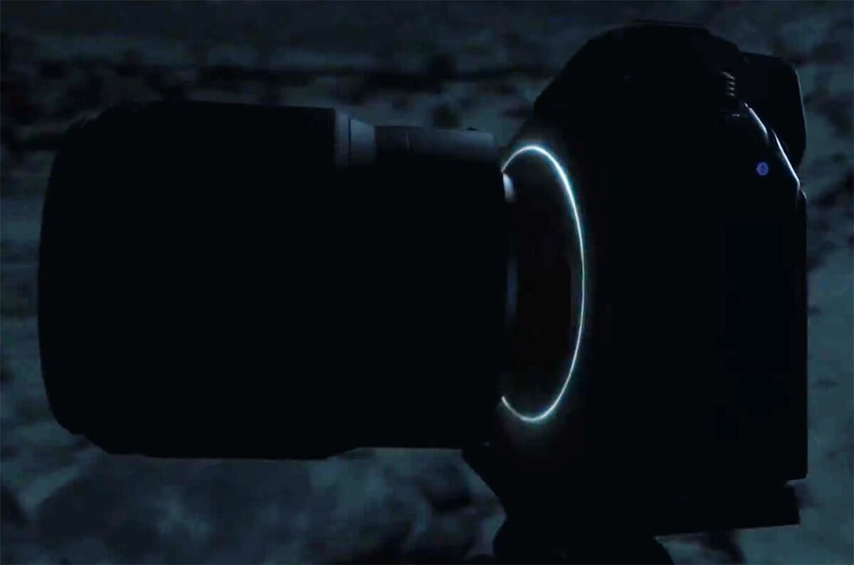 Nikon Mirrorless 28