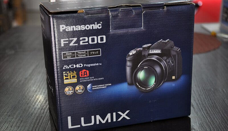 Panasonic FZ200 Image 1