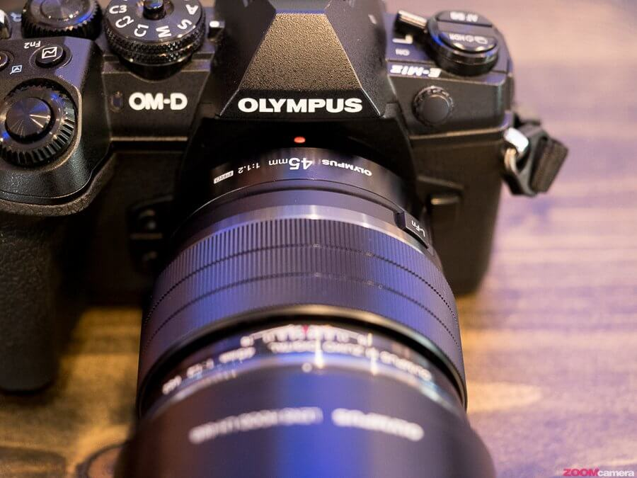 Preview Olympus 17mm F1 2 PRO and 45mm F1 2 PRO 150050