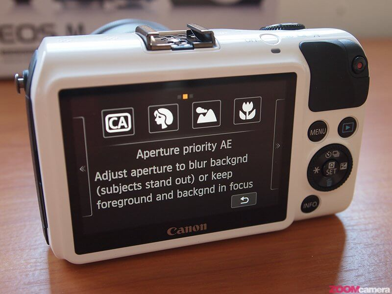 Review Canon EOS M Image 32
