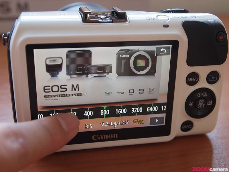 Review Canon EOS M Image 37