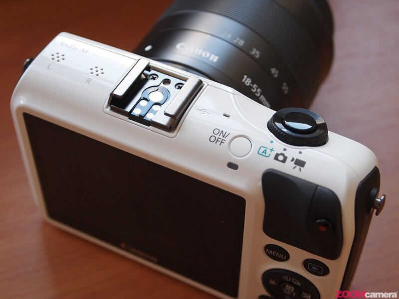 Review Canon EOS M Image 5