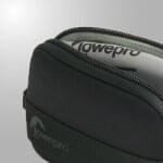 กระเป๋ากล้องคอมแพค Compact Cases & Pouches