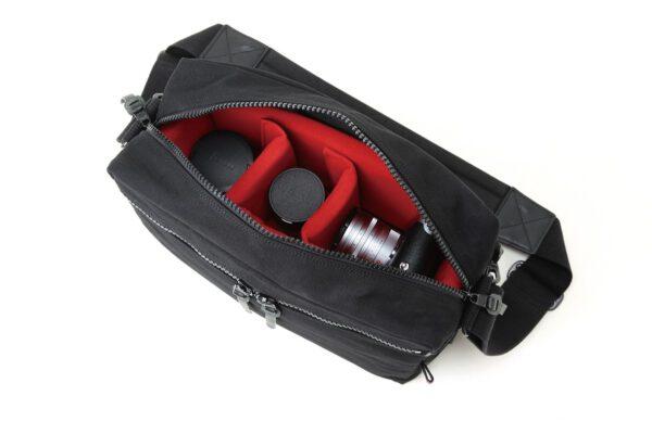 Artisan & Artist ACAM-3000 Canvas Camera Bag Black