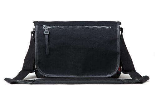Artisan & Artist ACAM-7100 Canvas Camera Bag Black