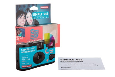 lomography simple use film camera color negative 400 packaging contents