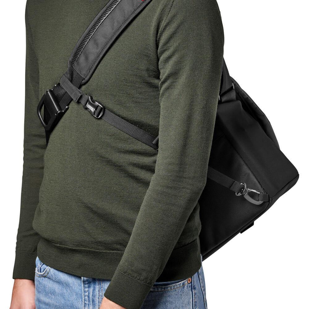 Manfrotto Advanced II Messenger Bag (Medium, Black)